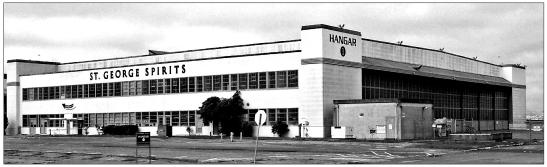 Hangar21AlamedaPoint2007No1